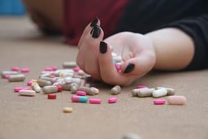 Dit zijn de bijwerkingen en risico's van slaappillen - SlaapGoeroe