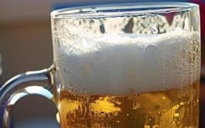 Bier met schuim