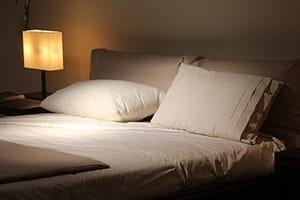 Donkere en stille slaapkamer