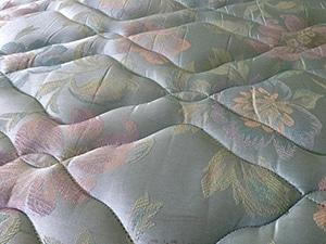 Slechte Matras Gevolgen : Gevaren van slapen op een oud matras redenen voor een nieuw
