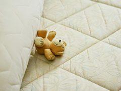 Dit zijn de gevolgen van slapen op een oud matras!