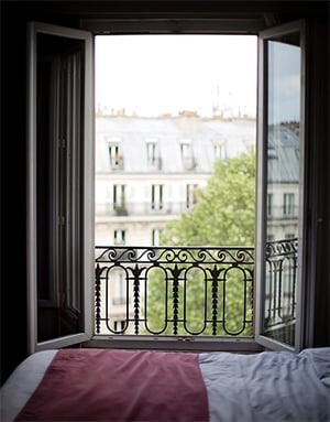 Slapen met je slaapkamerdeur open of dicht?