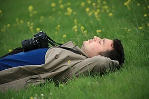 Slapen in het gras