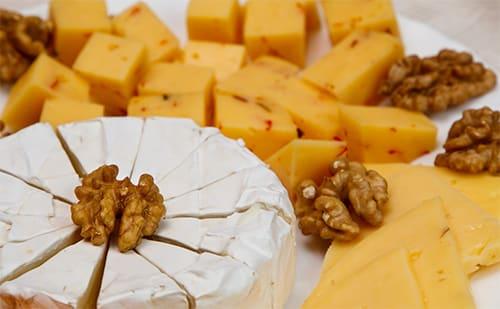 Slaap goed door het eten van kaas