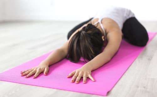 Verschillende yoga houdingen